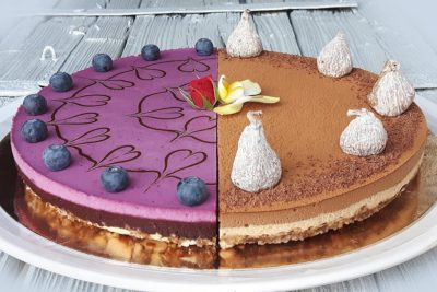 Dvoudruhový raw dort